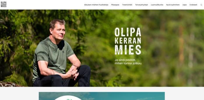 Kuva olipakerranmies.fi-verkkosivuston etusivusta